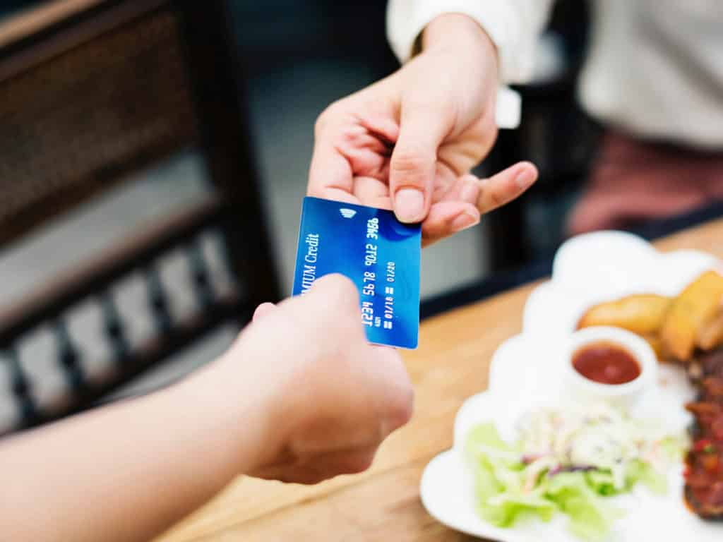 cambiar dinero china tarjeta