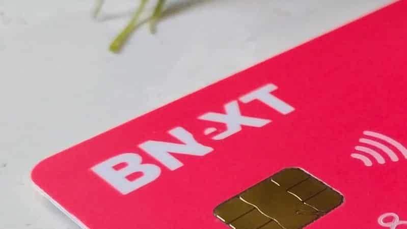Tarjeta bancaria bnext. maleta. Perú
