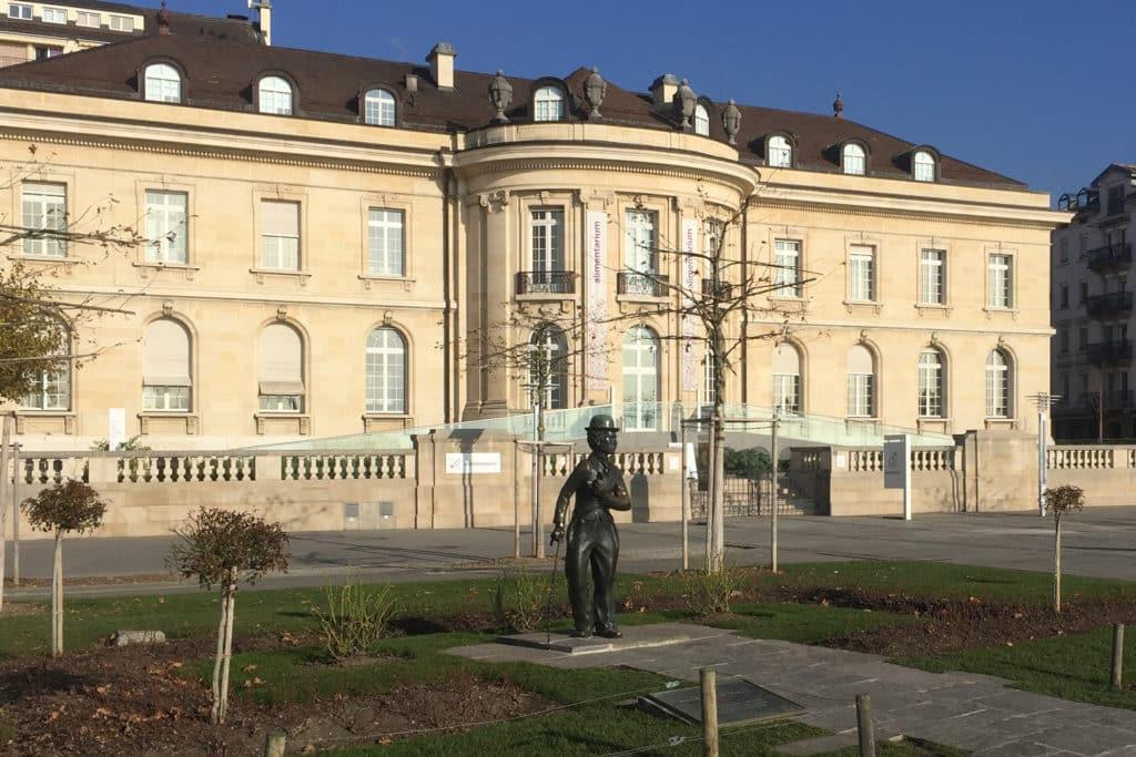 Estatua de Charles Chaplin en Montreux, Suiza